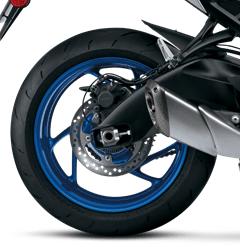 Suzuki GSX-S1000 back wheel
