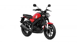 2021-yamaha-xsr125---right-side-front-angle-view-studio